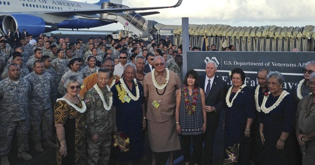 Pence thanks US military members during stop in Hawaii