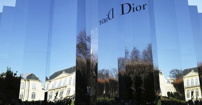 LVMH to consolidate hold on Dior in multibillion-euro deal