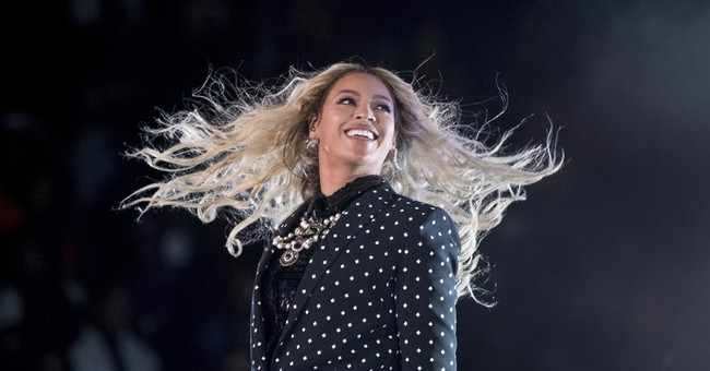Beyonce to fund scholarships for women at 4 colleges