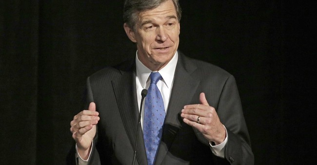 In another jab at Cooper, N Carolina lawmakers override veto