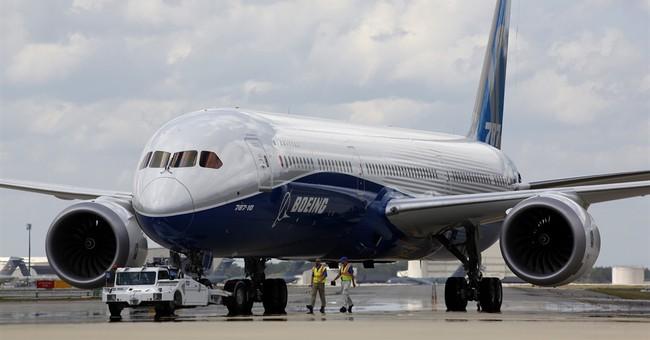 Boeing beats 1Q profit forecasts but revenue falls