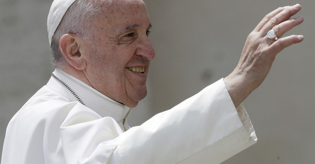 Pope faces balancing act in Egypt amid security fears