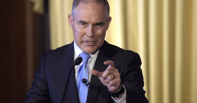 EPA chief to skip Republican gala after ethics complaint