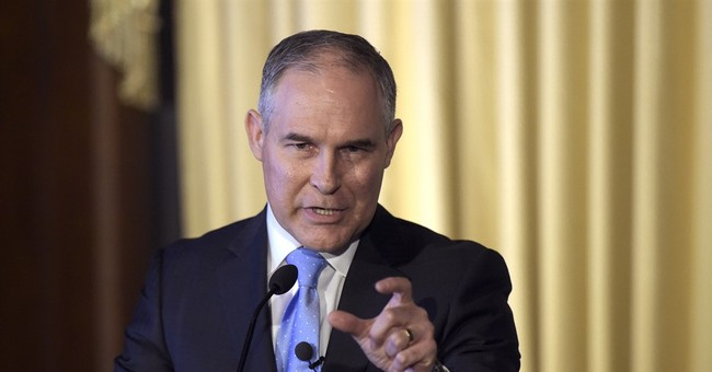 Dem Senator accuses EPA chief Pruitt of violating ethics law