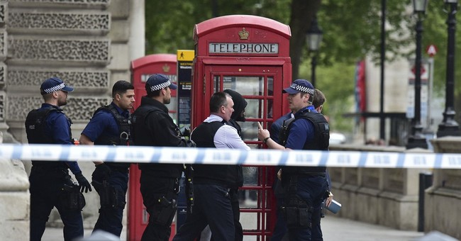 UK anti-terror police detain man with knives near Parliament