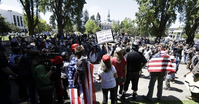 Berkeley protests peaceful as hundreds rally over Coulter
