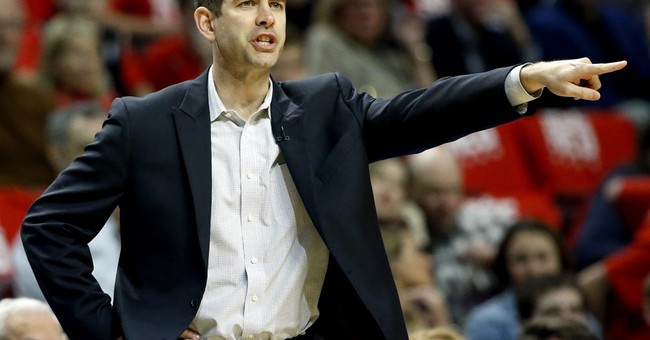 Bradley scores 23, Celtics eliminate Bulls 105-83