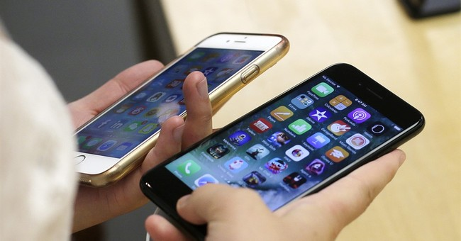 Apple ceases iPhone payments to Qualcomm, escalating feud