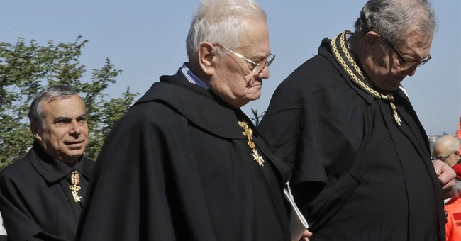 Knights of Malta vote for new leader after papal dispute