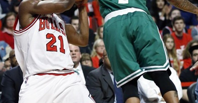 Thomas heads to sister's funeral after Celtics beat Bulls