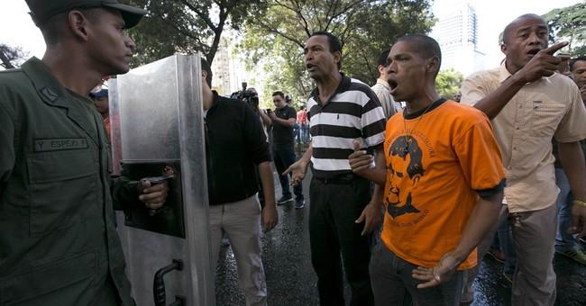 Venezuela arrests 3 opponents amid threat of crackdown