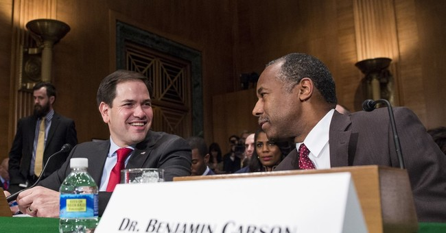 Carson questioned about housing views, experience