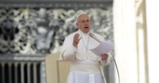 Pope to Venezuela: avoid more violence, respect human rights