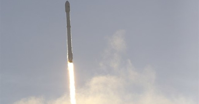 SpaceX launches top-secret spy satellite for US government