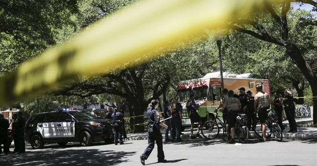 Attacker kills 1, wounds 3 in stabbings at Texas university