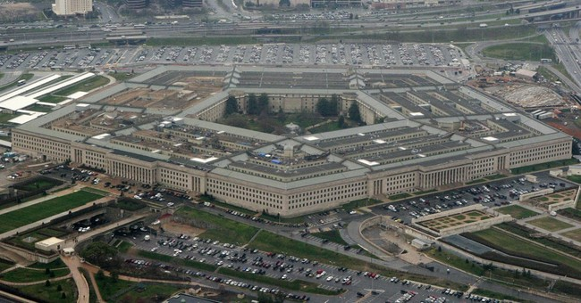 Report: Troops complained about nude photo sharing last year