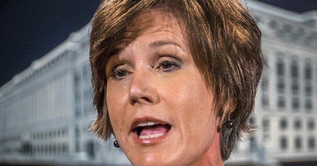 Yates to say she expressed alarm to White House on Flynn