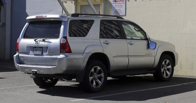 SUV in Aaron Hernandez trial pulled from auction website