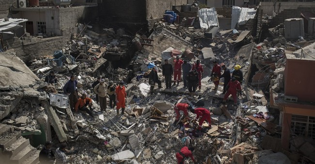 Witnesses: No fighters in Mosul home hit by deadly US strike