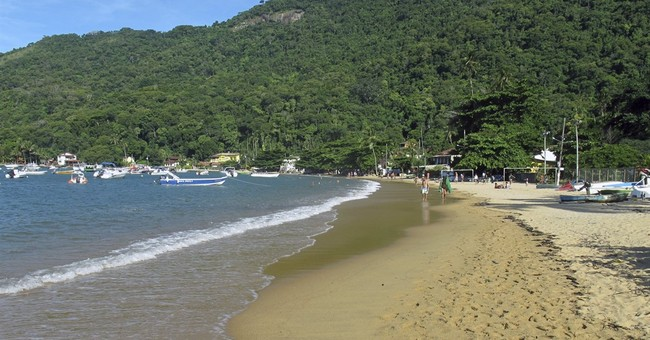 Brazil's Ilha Grande has what Rio does not _ clean beaches