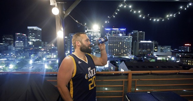 Warriors call Utah boring, but fans say it's place to party