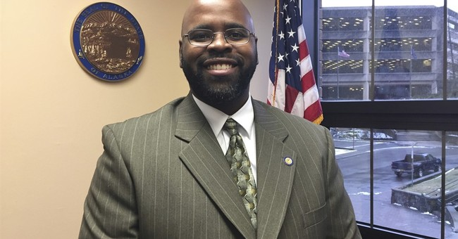 Alaska reporter says state senator slapped him