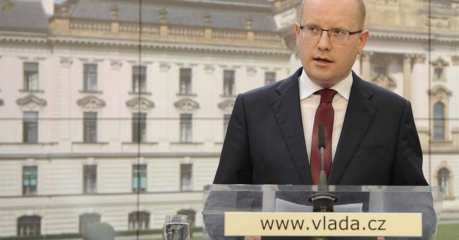 Czech leaders meet president on political crisis