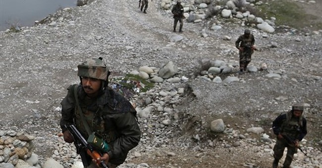 India troops block Kashmir villages amid massive rebel hunt