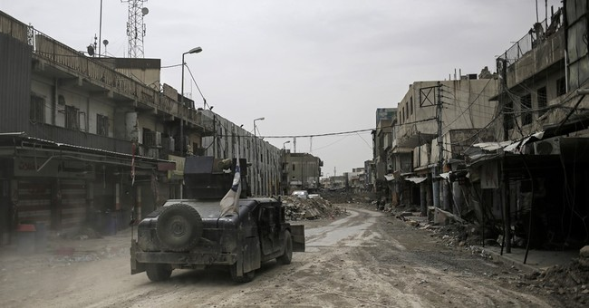 Iraq Grapples With Dilemma of Displaced Mosul Civilians