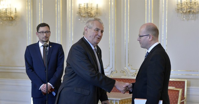 Czech president 'accepts' PM's unoffered resignation
