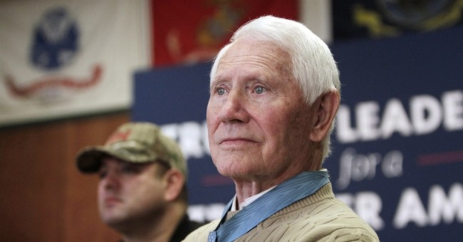 Leo Thorsness, decorated POW in Vietnam with McCain, dies