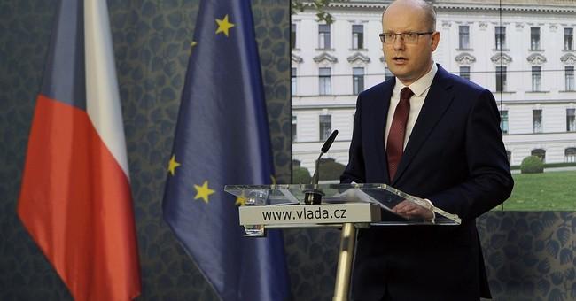 Czech premier backtracks on resignation amid minister spat
