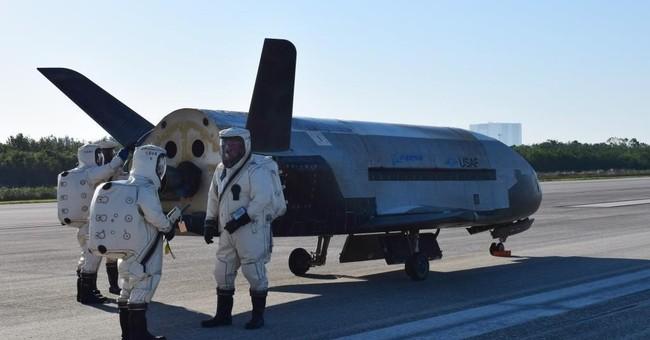 Military orbiter's landing rattles Florida with sonic boom