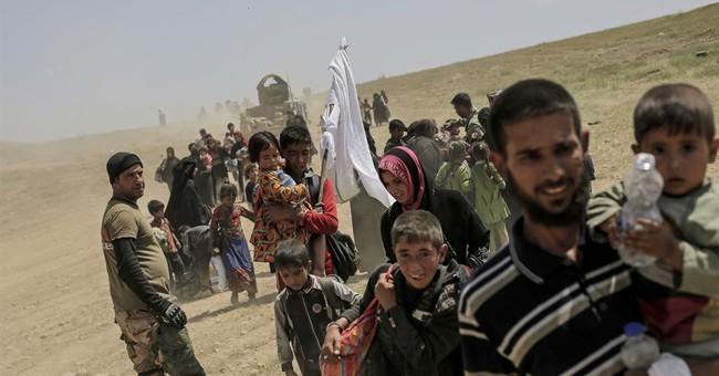 IS kills 2 in attack on Iraqi Kurdish base