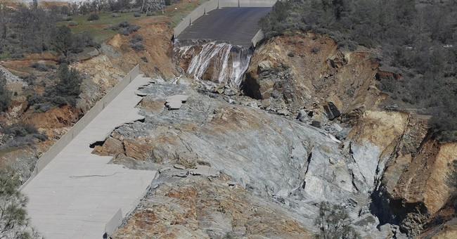 California asks federal taxpayers to fund repairs at dam