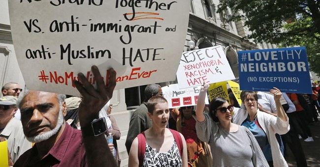 Judges struggle with 'taint' from Trump's Muslim ban comments
