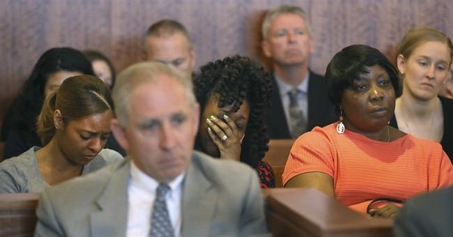 Aaron Hernandez's murder conviction is tossed after suicide