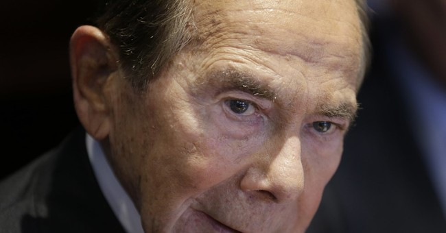 US court: ex-AIG CEO hasn't right to challenge bailout