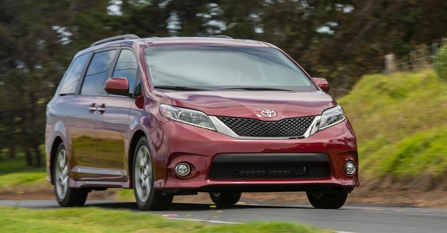 2017 Toyota Sienna adds more power, more fuel economy
