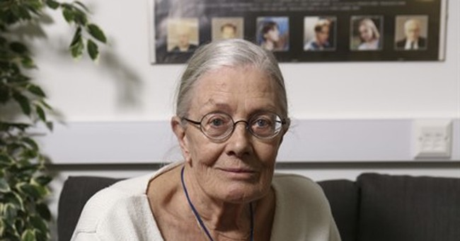 Vanessa Redgrave turns director with documentary at Cannes