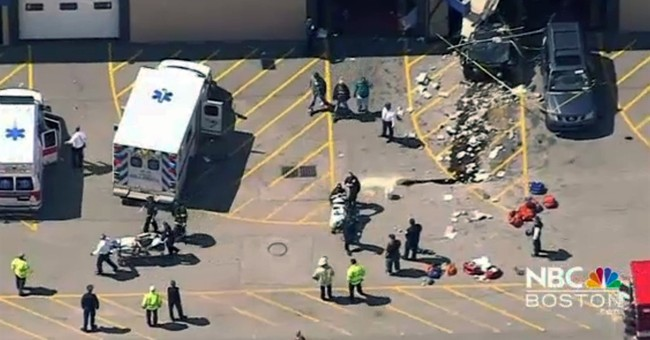 Crash at indoor auto auction claims 4th life; 3 last week