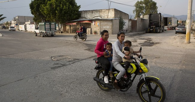 Mexico: Video of soldiers killing detained man sparks uproar