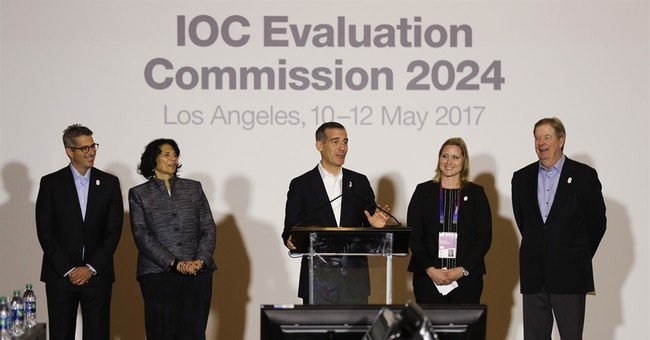Los Angeles unleashes star power to woo IOC in Olympic bid