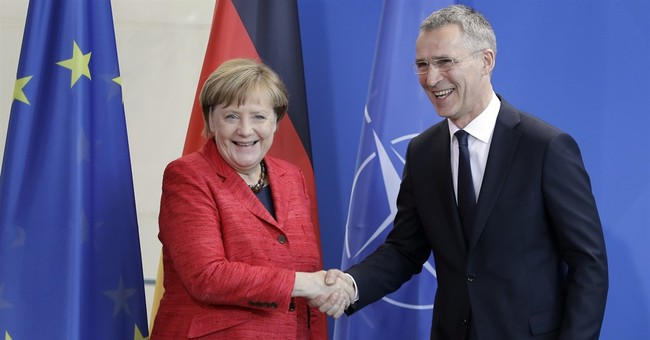 NATO chief sees quick decision on joining anti-IS coalition