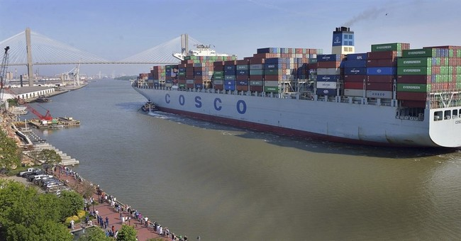 'It takes up the whole river!' US ports welcome giant ship