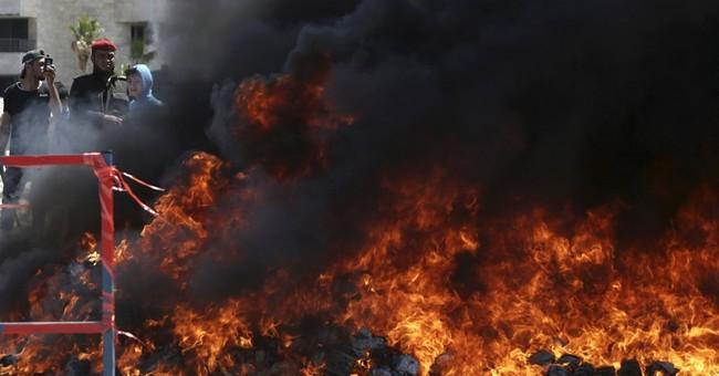 Hamas burns drug stash in Gaza, sentences dealers to death