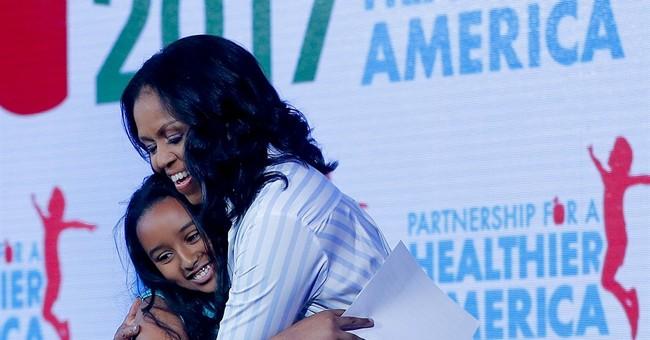 Michelle Obama criticizes Trump school lunch decision