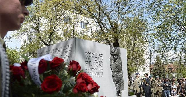 Poland unveils memorial to WWII hero slain by communists