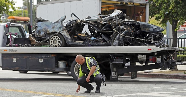 2 suspects killed in fiery crash along Hollywood Boulevard