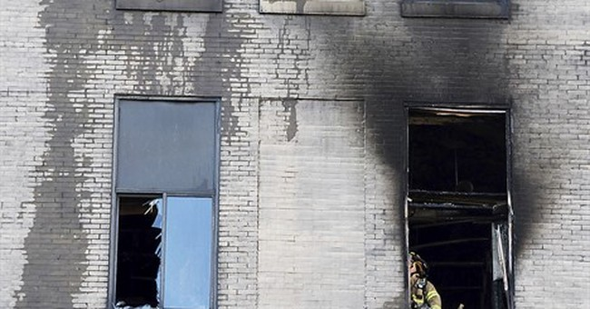 High-rise apartment fire in Pittsburgh leaves 1 woman dead